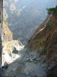 Kennon road is the dramatic southern appraoch to Baguio from Pangasinan province.